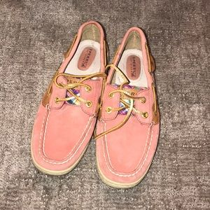 SPERRY BOAT SHOES PINK PLAID
